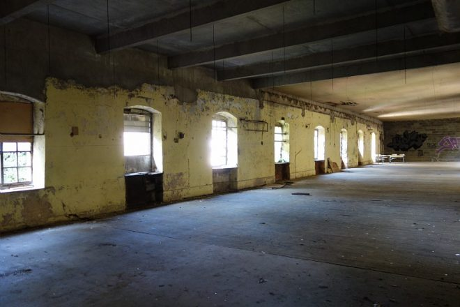 plateau de l'usine de Doizieux avant travaux